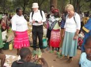 Martin, Helena and Henrietta discuss plant foods at Koloa Market